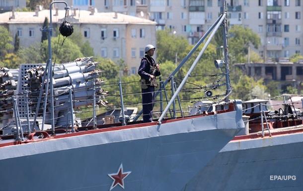 В России объяснили усиление войск в Крыму