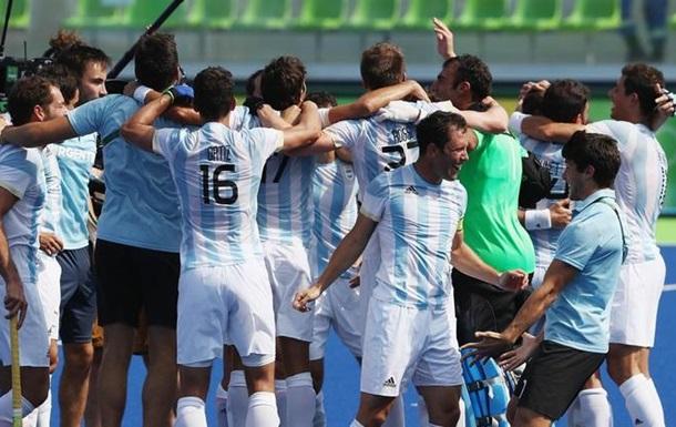 Хоккей на траве. Аргентина одолела Бельгию в финале