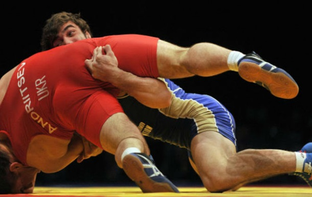 Вольная борьба. Украинец Андрейцев разгромлен в полуфинале