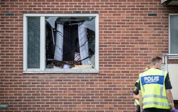 В Швеции ребенок погиб от брошенной в окно гранаты