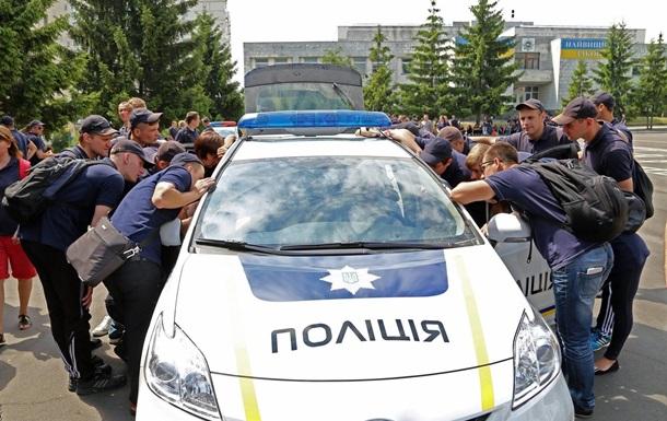 Майданокопы: В поселке Кривое Озеро полицейские застрелили человека