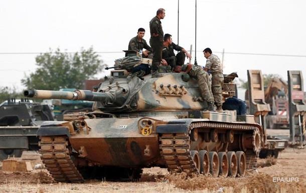 Турки взяли ключевой город на границе с Сирией