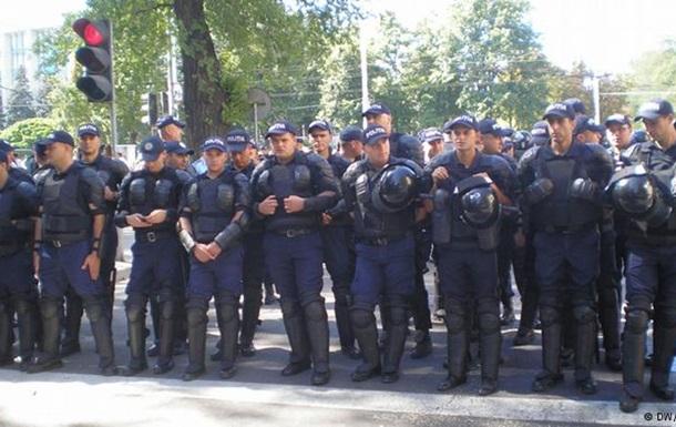 День независимости Молдовы: парад, протесты и столкновения с полицией