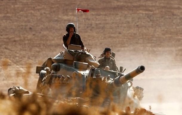 Курды обстреляли турецкие танки в Сирии