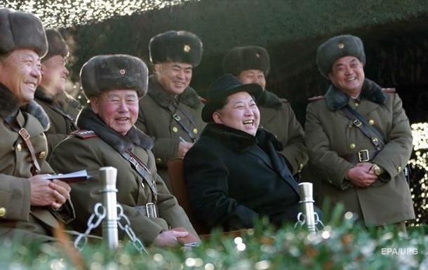 КНДР будет стрелять в южнокорейские прожектора на границе