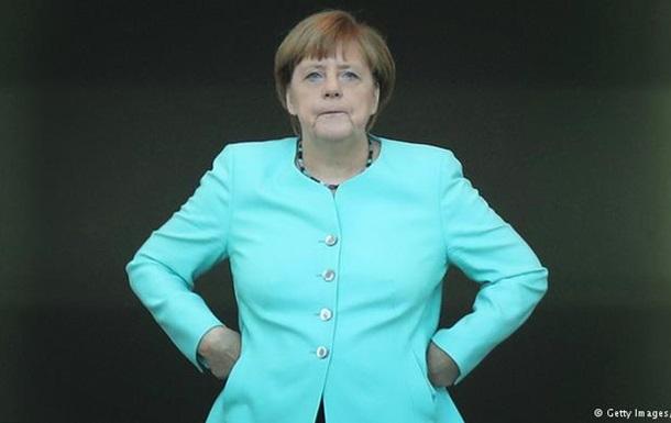 Опрос: Половина немцев не хочет видеть Меркель канцлером