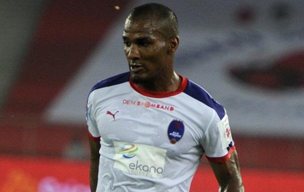 Экс-футболист сборной Франции продолжит карьеру в Индии