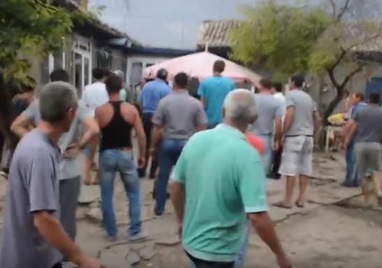 Народний бунт на Одещині: жителі села розгромили поселення ромів