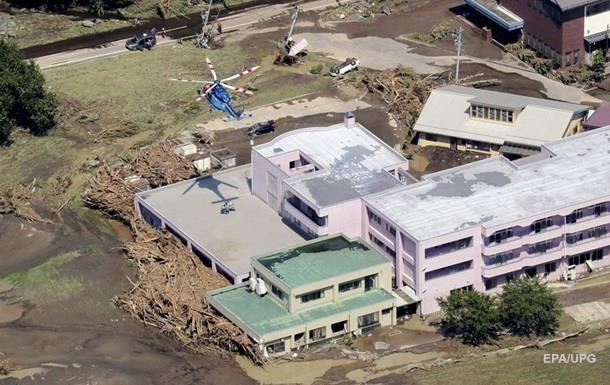 Жертвами тайфуна в Японии стали 11 человек