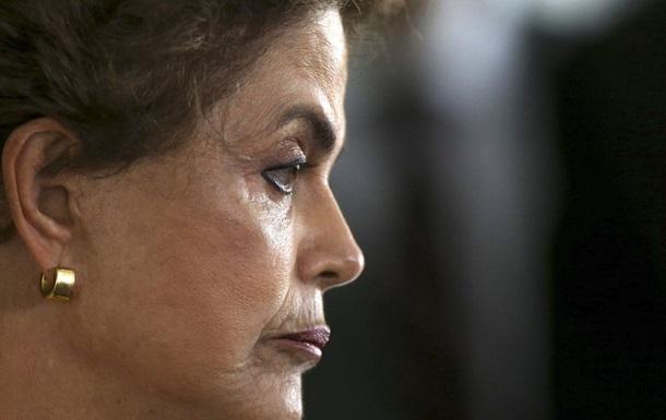 Сенат поддержал импичмент президенту Бразилии
