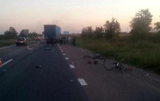 Появились подробности ДТП с велосипедистами под Киевом