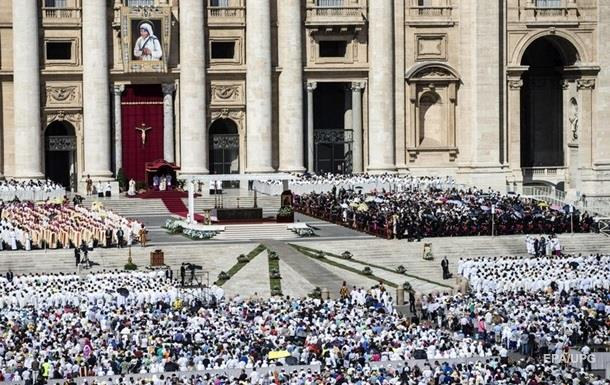 Папа Римский накормит бедняков пиццей