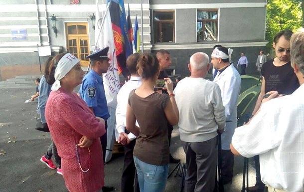 Медработники объявили голодовку под Минздравом