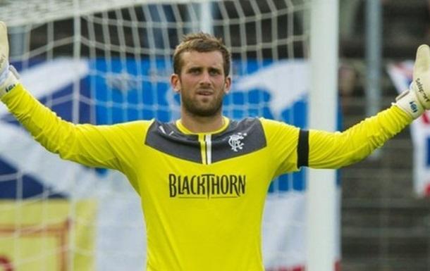 Шотландский вратарь отбил три пенальти в одном матче