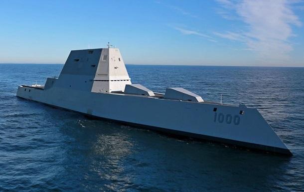 Крупнейший в мире эсминец вышел с верфи в США
