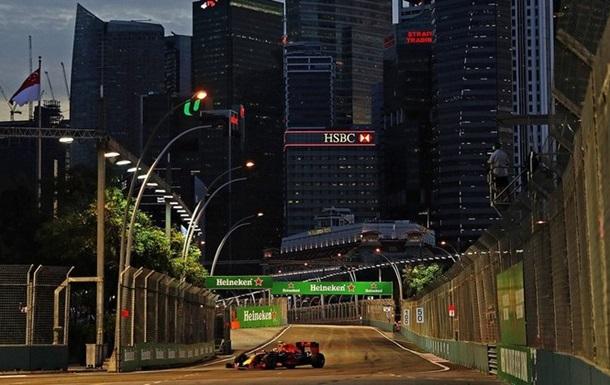 Росберг одержал победу квалификацию Гран-при Сингапура, Квят— вдесятке