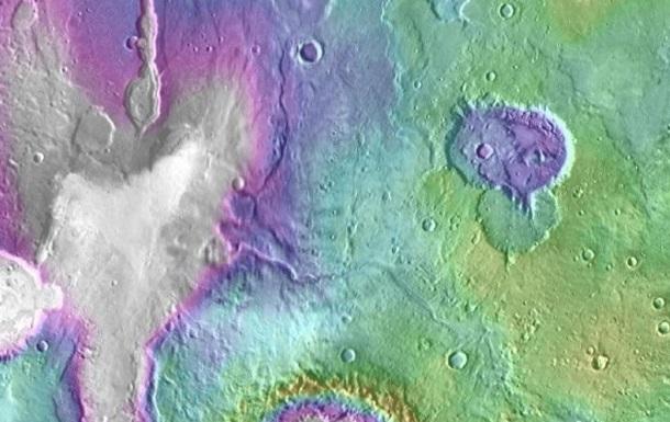 На Марсе обнаружили  свежие  озера