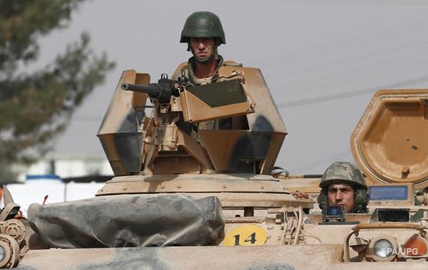 Турция атаковала позиции курдов, есть жертвы