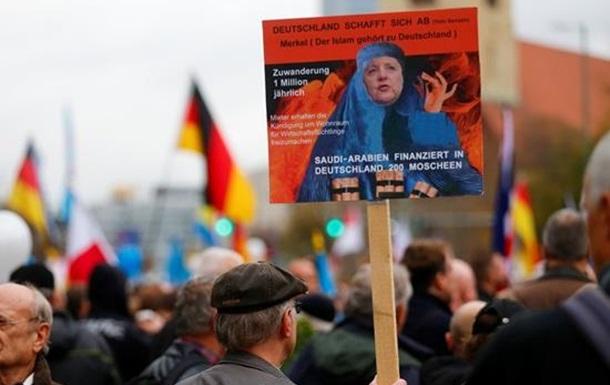 Мультикультуралізм Ангели Меркель тріщить по швам