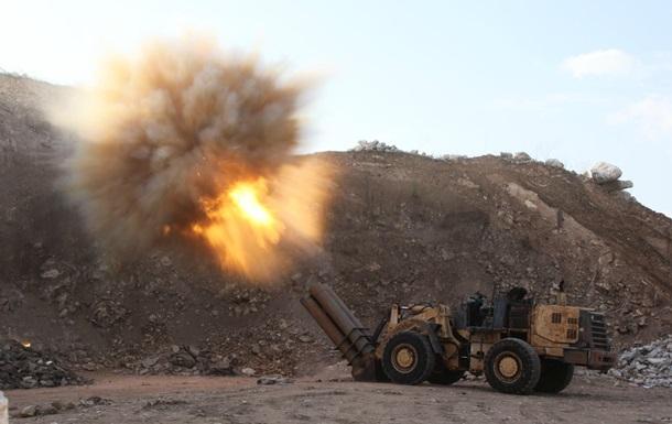 Два русских Су-24 ударили погуманитарному конвою вСирии