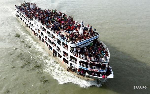 В Бангладеш затонул паром: есть погибшие