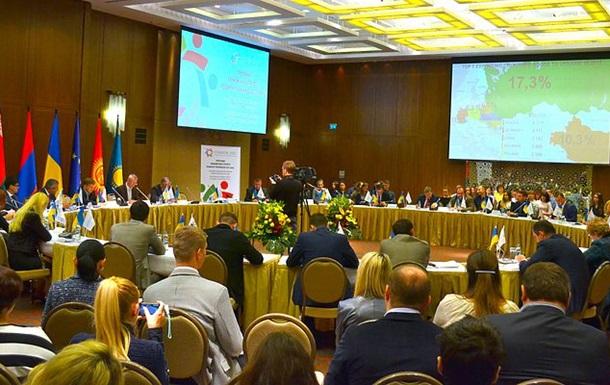 Участники экономического форума призвали восстановить связи с РФ