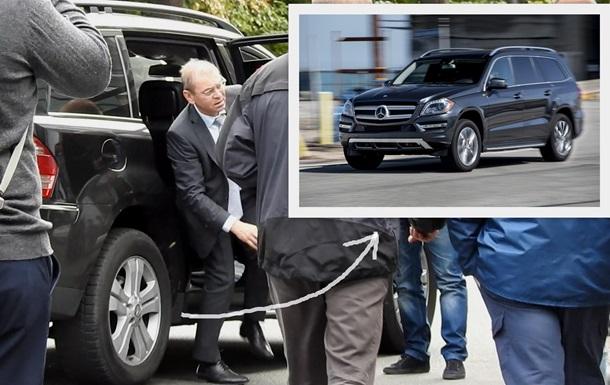 Пашинского заметили в роскошном автомобиле