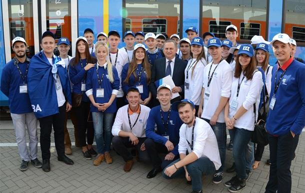 Борис Колесников показал украинским студентам выставку InnoTrans 2016 в Берлине