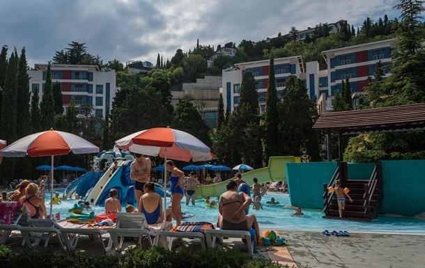 Половина туристов в Крыму отказалась жить в отелях