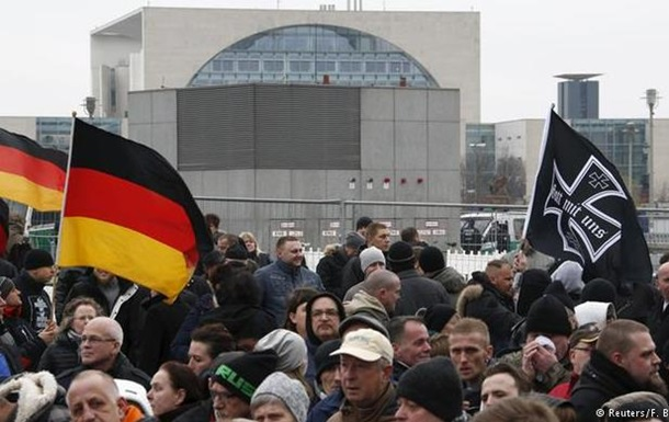 В Германии выросло число ксенофобских преступлений