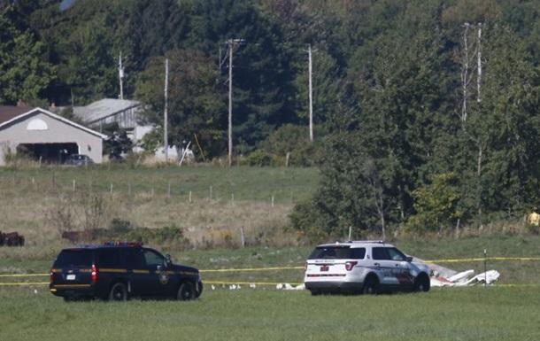 Внебе над штатом Нью-Йорк столкнулись два самолета