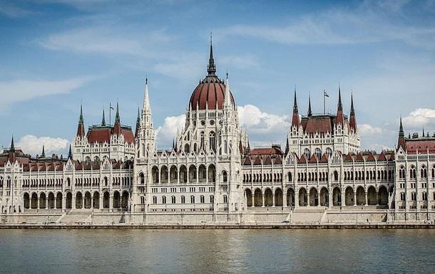 Угорщина продовжує протистояти централізації ЄС
