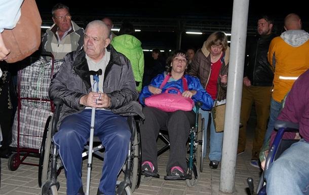 Переселенцы изсанатория «Куяльник» уезжают вДонецкую область