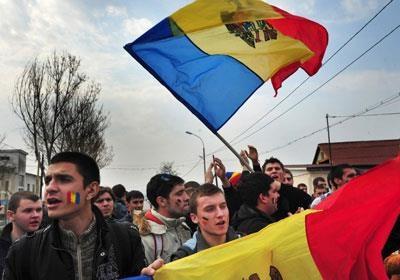 Перемен требуют молдавские сердца