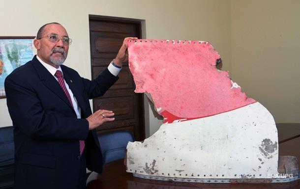 На Маврикии нашли обломки пропавшего малазийского самолета