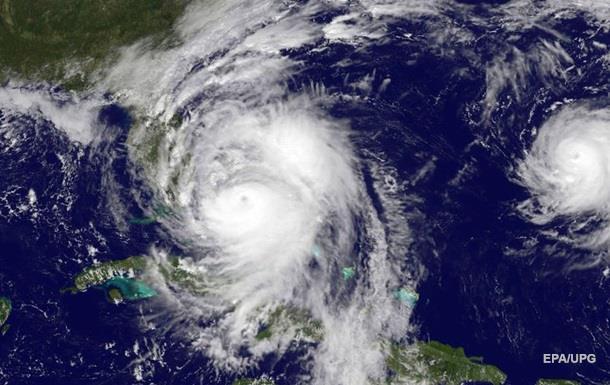 NASA показало ураган Мэттью из космоса