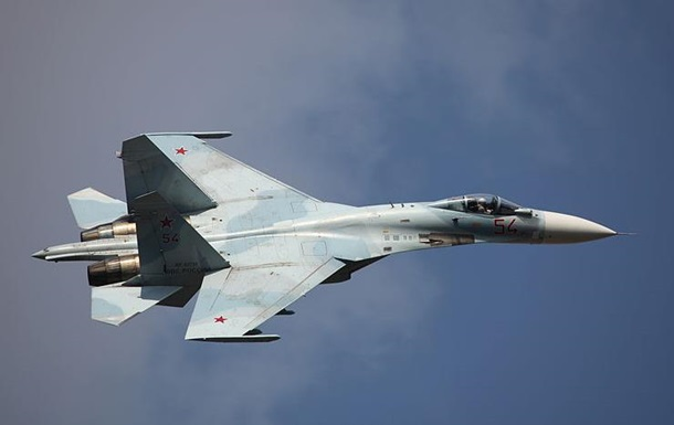 Русский истребитель Су-27 обвиняют в несоблюдении границ Финляндии