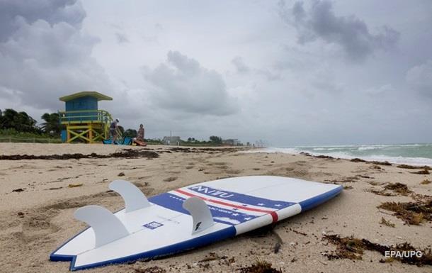 В четырех штатах США введено ЧП из-за урагана  Мэтью