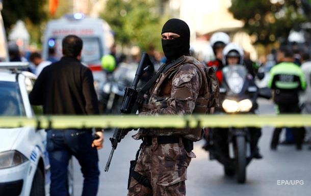 Смертники в Турции погибли в ходе полицейской операции