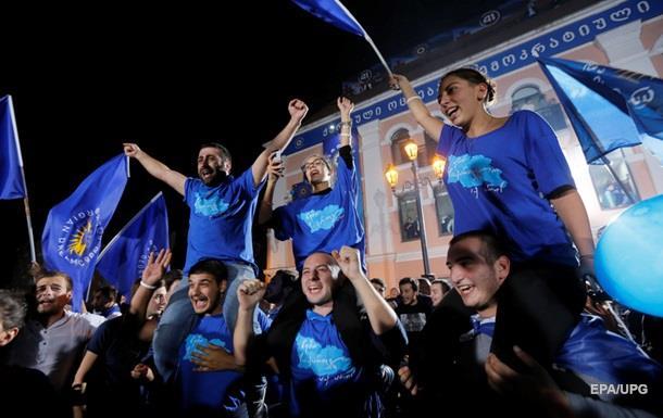 Грузинская мечта  лидирует на парламентских выборах