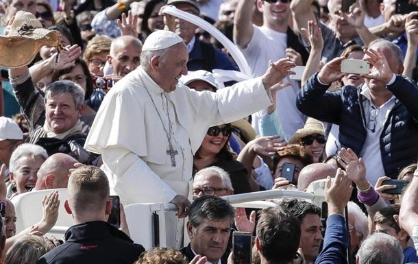Папа Римский объявил о назначении 17 новых кардиналов