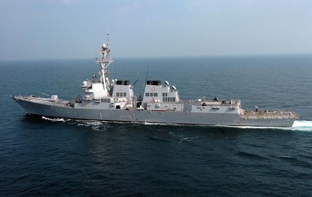 Эсминец ВМС США обстреляли уберегов Йемена