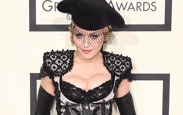 Billboard назвал Мадонну женщиной года