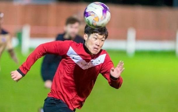 Экс-игрок Ман Юнайтед играет за команду университета