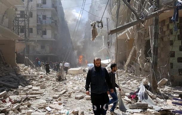 В Алеппо при авианалете погибла семья из 14 человек