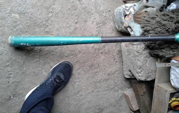 ВСША полицейский застрелил пожилую женщину, вооруженную битой иножницами