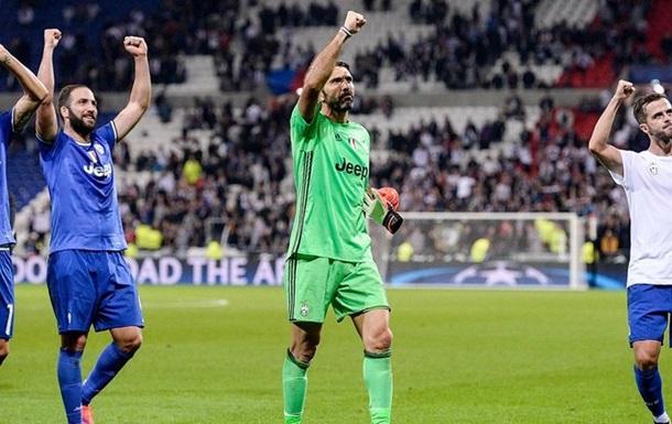 Отбитый Буффоном пенальти и гол Насри в обзорах матчей группы Н