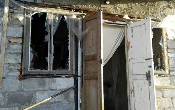 На Донбассе обстреляли больше десятка домов
