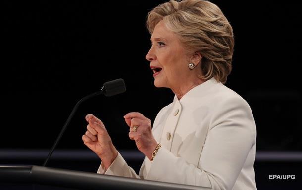 Клинтон: Кибератаки на США исходят лично от Путина