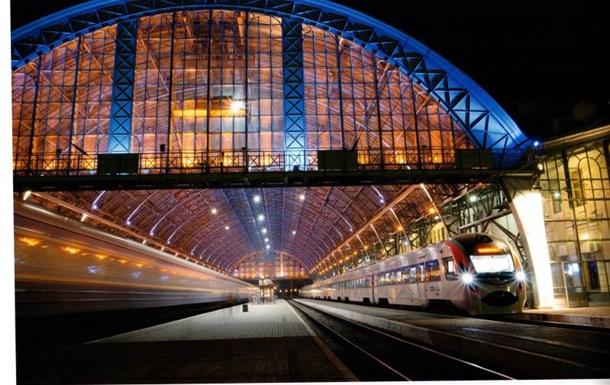 На школьных каникулах пустят пять дополнительных поездов